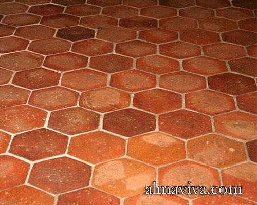 tomette carreau de terre cuite en forme d 39 hexagone pour le sol. Black Bedroom Furniture Sets. Home Design Ideas
