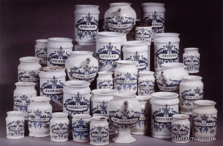 Delftware apothicary jars