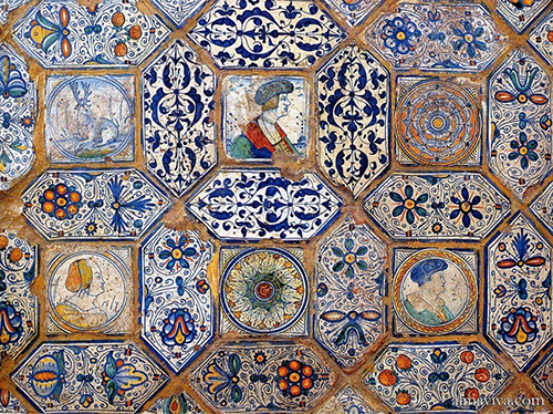 majolica pavement